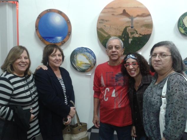 Família mais uma vez comparecendo a exposição e apoiando esse artista maravilhoso que é meu pai!